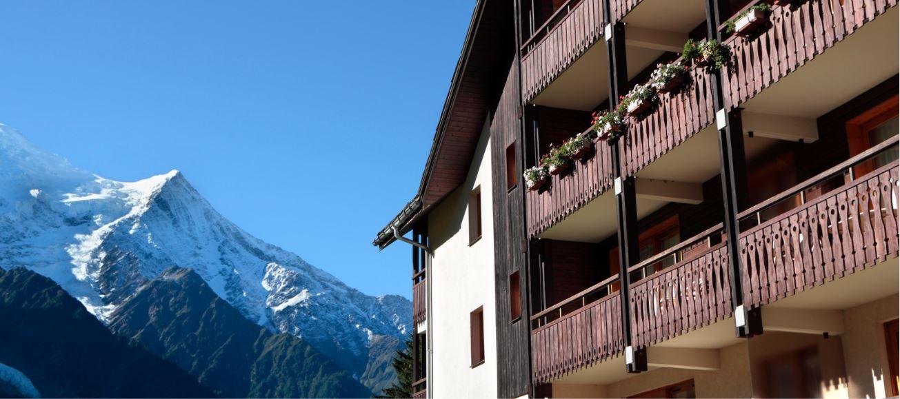 Hotel con forfait: las ventajas de los paquetes para esquiar