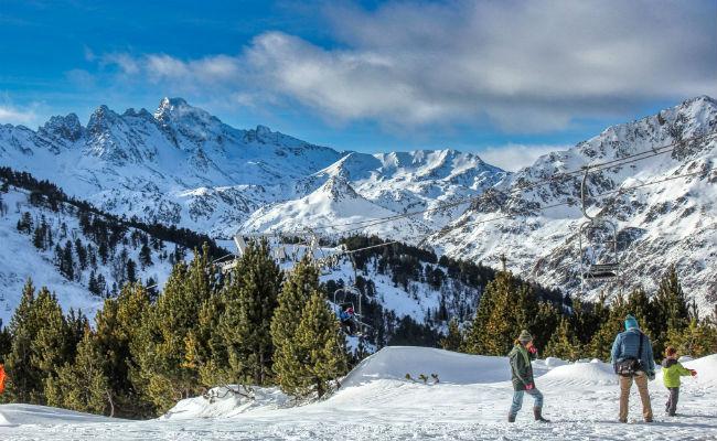 ¿Cómo esquiar barato? Propuestas para ahorrar en la nieve