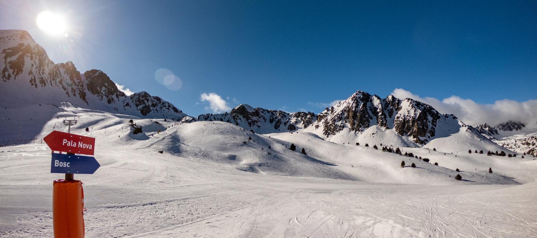Vuelve la nieve a las estaciones de esquí de la península