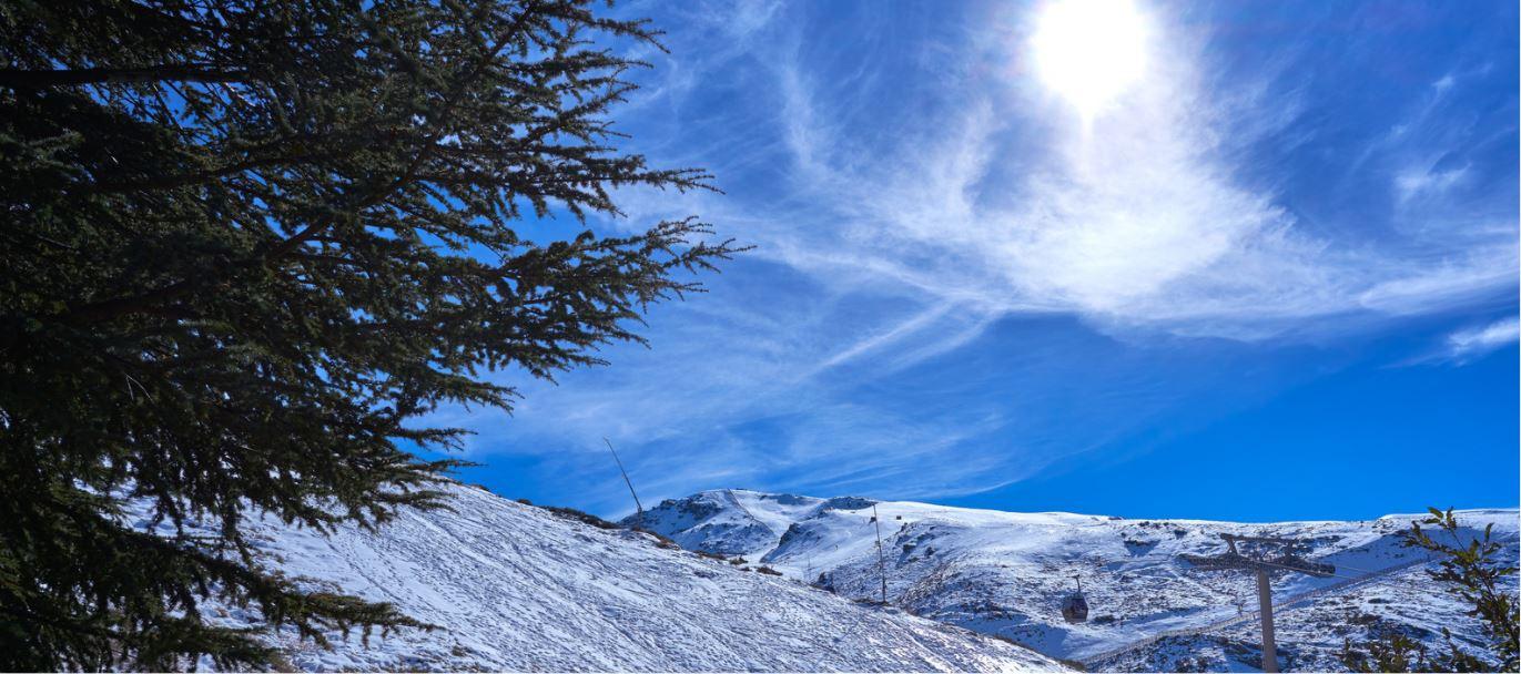 Sierra Nevada preparada para abrir su temporada de esquí