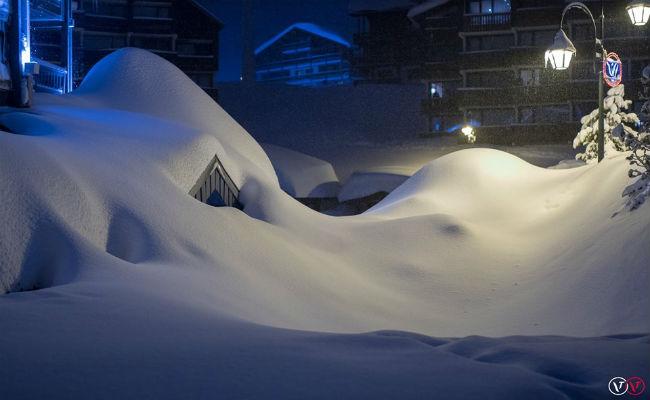 Fuertes nevadas en los Alpes suizos