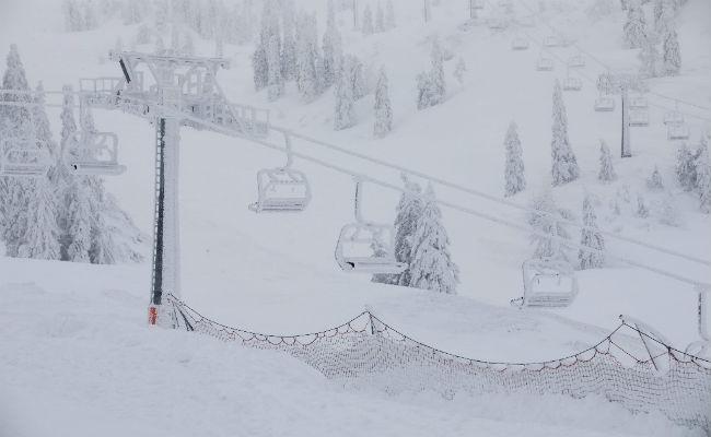Caos por la nieve en Austria y Suiza