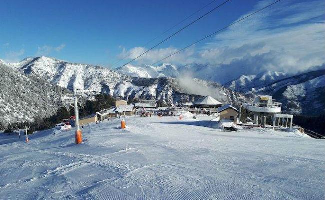 Baqueira y Port Ainé acogerán a los esquiadores de Espot