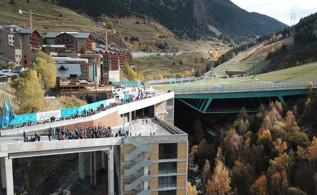 Grandvalira inaugura la plataforma y el parking de Soldeu
